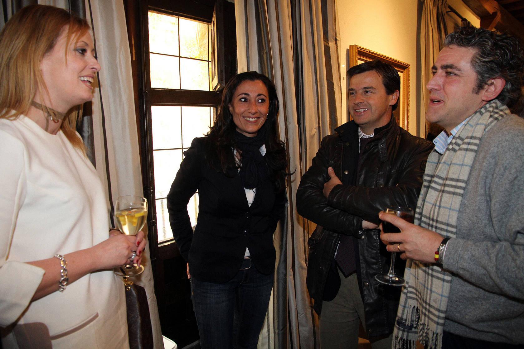 Vino de Navidad ofrecido por el PP a los medios de comunicación en Segovia